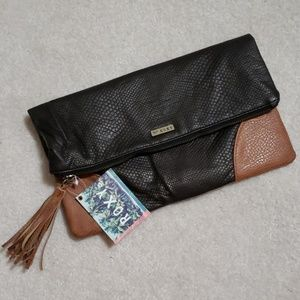 Roxy clutch zippered fold over